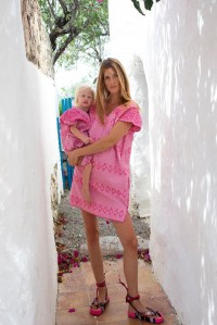 Single panel supermini kaftan in pink with pink design